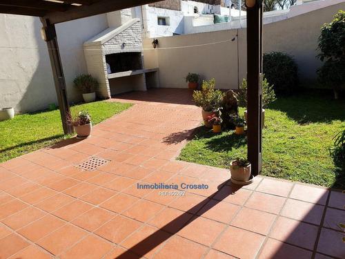 Casa En La Blanqueada 4 Dormitorios ,fondo, Garaje