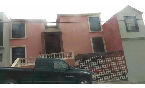 Amplia Residencia En Campanario