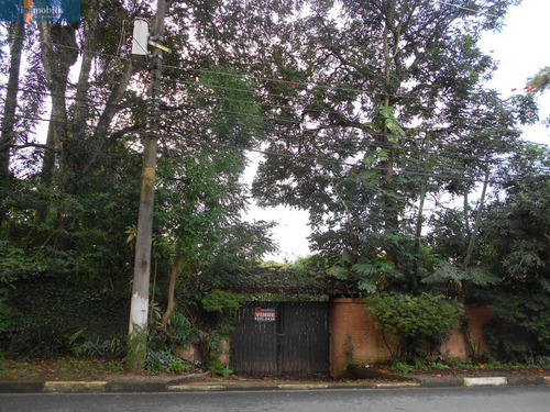 Imagem 1 de 15 de Casa Fora De Condomínio No Miolo Da Granja Viana - Uso Residencial Ou Comercial - Gv17593