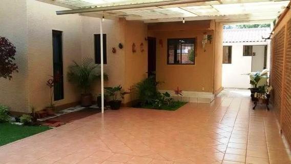 Zv1261 Casa Impecable, Para Llegar A Vivir Una Nueva Etapa En Familia.