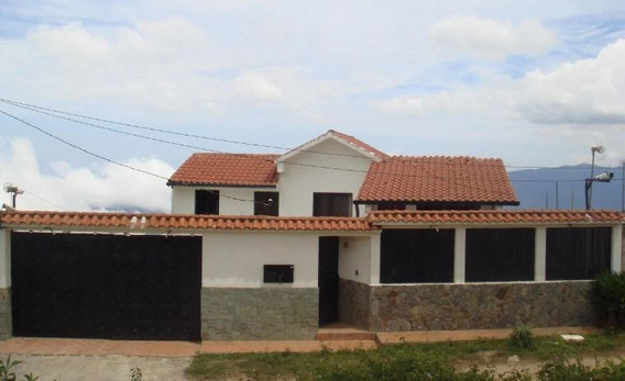 Best House Vende Quinta Hermosa En El Junquito