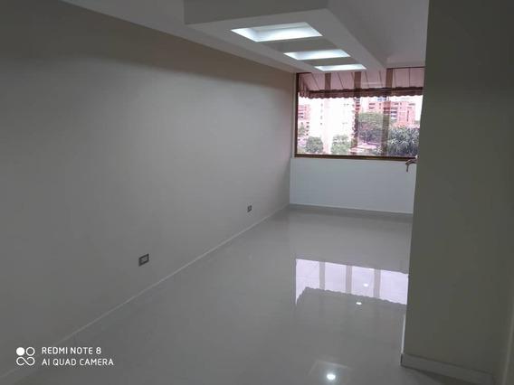 Economico Apartamento En Venta En El Bosque 04243257753