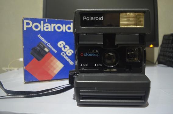 Câmera Instantânea Polaroid 636 Closeup