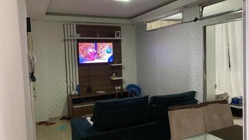 Imagem 1 de 5 de Apartamento Para Venda Em São Paulo, Liberdade, 1 Dormitório, 1 Banheiro - Apfe0710_2-1189531