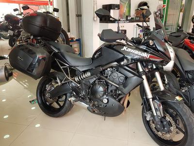 Kawasaki Versys 650 2011 Preta Com Acessórios