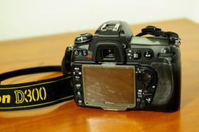 Camera Digital Nikon D300 Usada