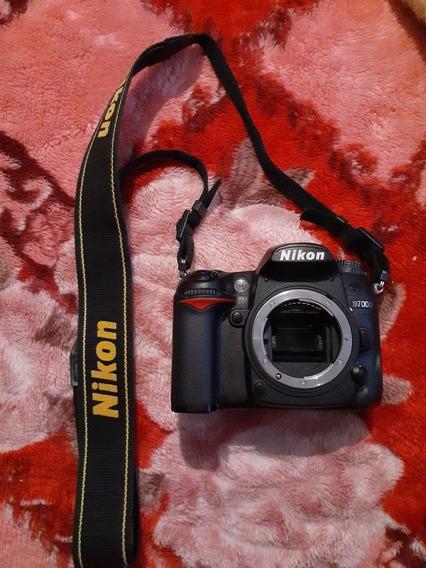 Câmera D7000