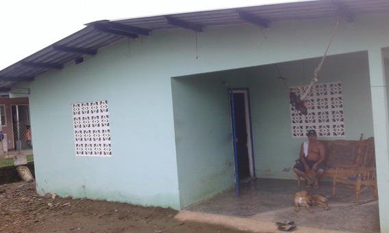 Casa Con Terreno En Las Garzas