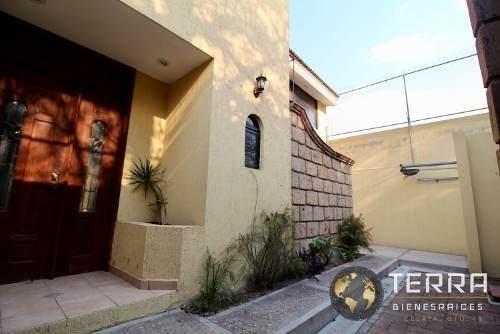 Venta Casa Residencial Alameda Celaya Gto.