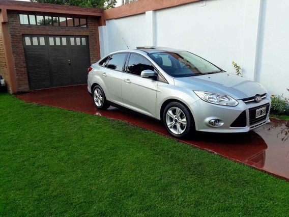 Ford Focus Iii 2.0 Sedan Se Plus Mt 2014