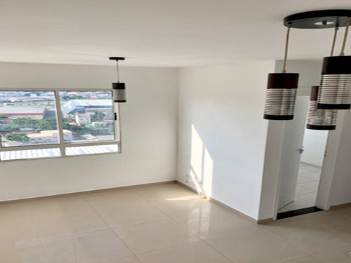 Apartamento Único Andar Alto 2 Dormitórios 1 Vaga, Financia