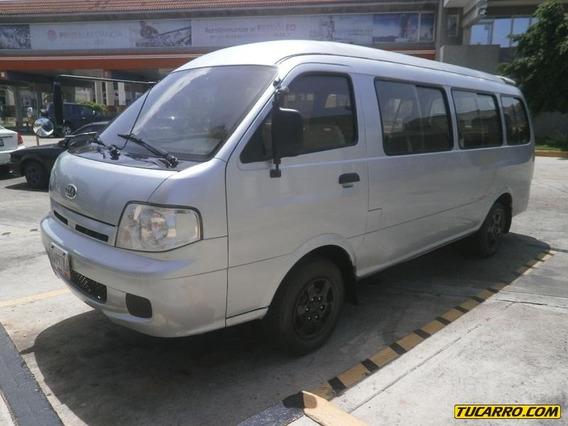 Kia Pregio Van