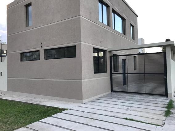 Casa Venta Gonnet La Plata 3 Dormitorios Parque Permuta