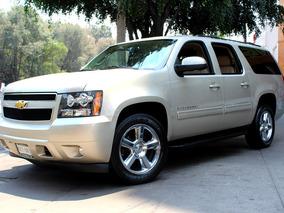 Chevrolet //suburban Lt// 2013 Seminueva!! Piel, Dvd, 4x4!!