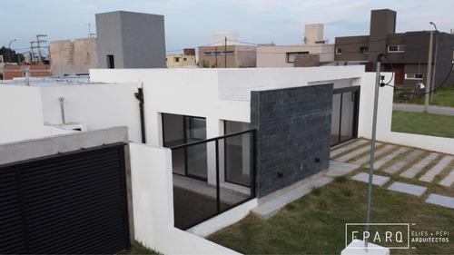 Casa En Venta En Comarca De Allende Villa Allende