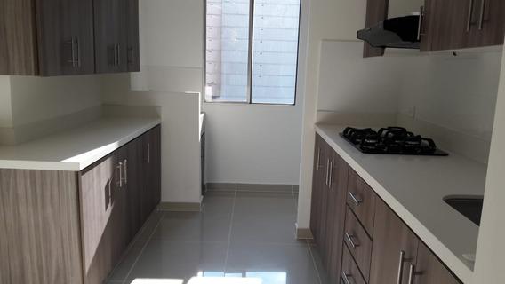 Apartamento 3 Alcobas Cerca Del Colegio Salazar Y Herrera