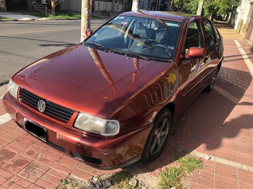 Volkswagen Polo 1.6 Gnc
