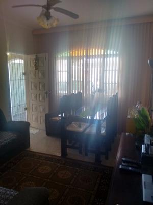 Casa 2 Qtos(suite)+edícula, 4 Gar,, Piscina C/cascata $ 265.