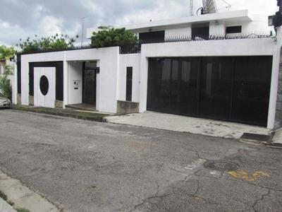 Venta De Casa Rent A House Código 19-11135