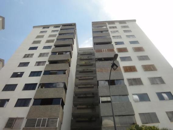 Cc Apartamento En Alquiler En Macaracuay