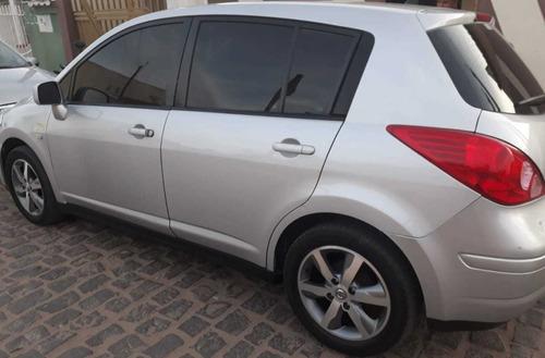 Nissan Tiida 2012 1.8 S Flex 5p