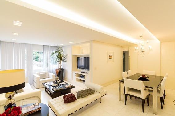 Apartamento No 5º Andar Mobiliado Com 2 Dormitórios E 1 Garagem - Id: 892946870 - 246870