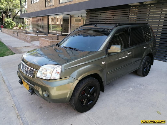Nissan X-trail 2500cc 4x4 Mt Aa