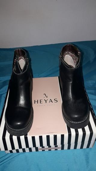 Botas De Mujer Heyas .negras Nro 36