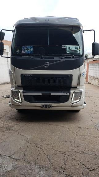 Volvo Vm 260 Con Carroceria Bv $ 2.650.000
