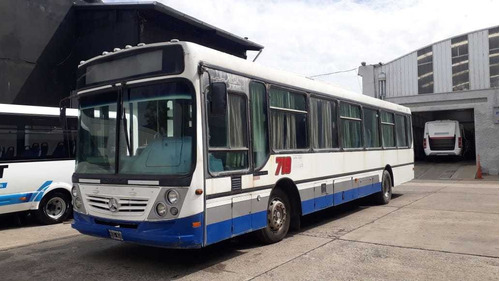 Mercedes Benz  Of 1722 2011 42  Con Aire