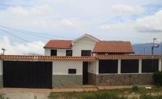Casa En Venta El Junquito