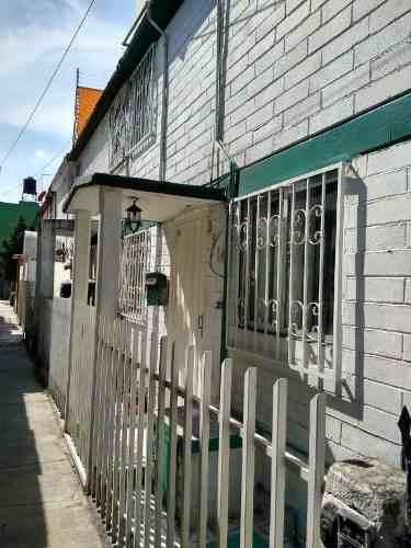 Casa En Venta En Francisco Villa, Azcapotzalco Rsv-3887