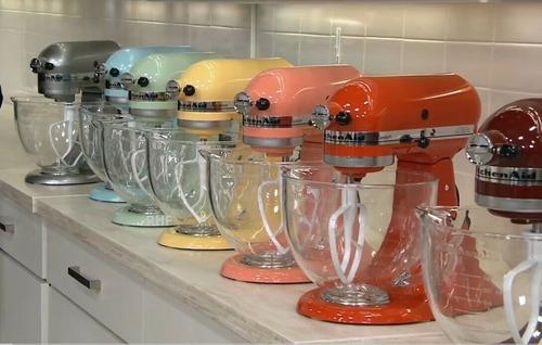 Imagen 1 de 1 de Kitchenaid 5-qt Artisan 325w Tilt-head Stand Mixer W/ Glass
