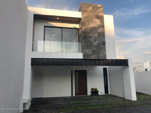 Casa En Venta En Zibata, El Marques, Rah-mx-20-699