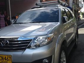 Toyota Fortuner Srs 2.7 Gasolina 2012 4x2 Exelente Estado