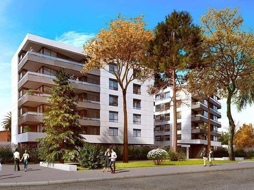 Venta Apartamento 2 Dormitorios Con Terraza Y Parrillero En Prado