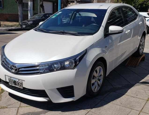 Toyota Corolla Xli 1.8 2015 Caja 6ta