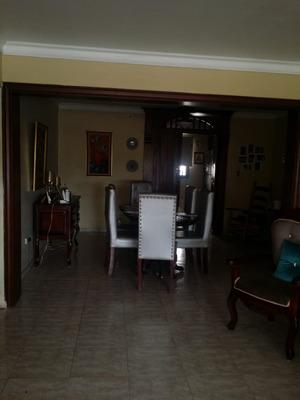 Apartamento En Los Prados En Venta