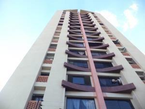 Apartamento En Venta Los Mangos Valencia 1910774 Rahv