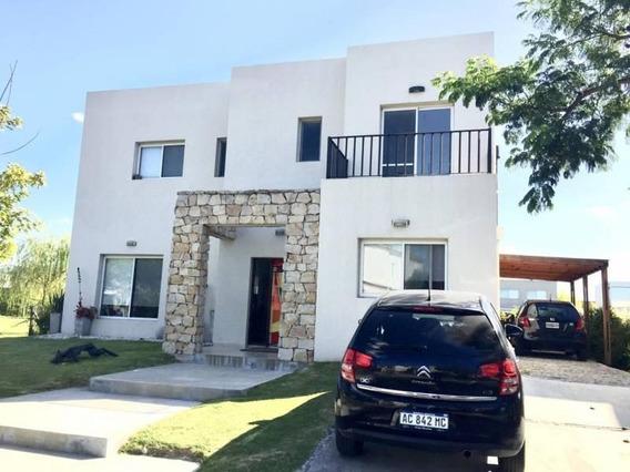 Casa Moderna De 4 Dormitorios En Alquiler En Los Lagos