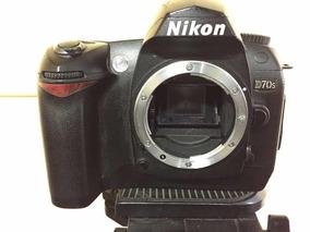 Câmera Nikon D70s Somente Corpo Com Bateria