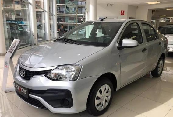 Toyota Etios X 1.5 6m/t 4p (2020)
