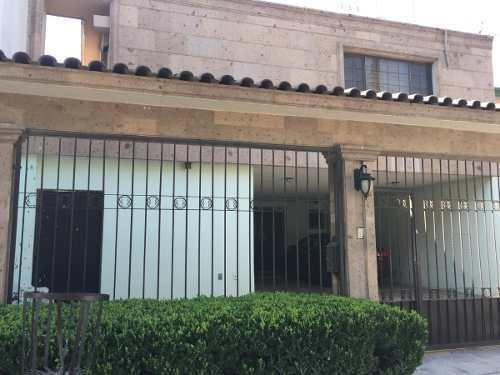 Venta De Casa En Fuentes Del Valle San Pedro Garza Garcia