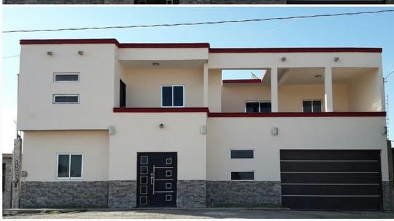 Casa De 4 Recamaras Cerca De Corredor Universitario