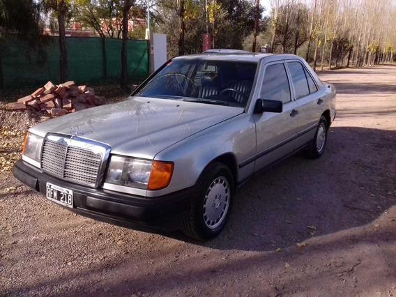 Mercedes Benz 300 E. 1987. 100% Original. Excelente.