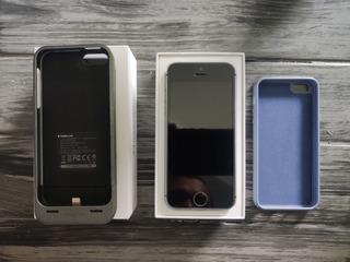 iPhone Se 32gb - Usado!! Case Com Bateria Externa De Bônus
