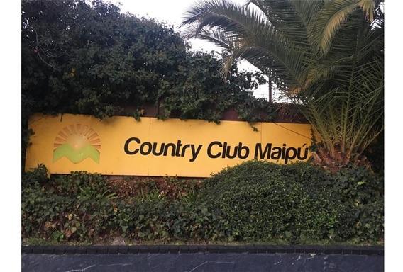 Espectacular Lote En Club De Campo Maipu