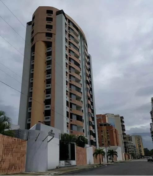 Apartamentos / Ricardo Rojas 04144534008