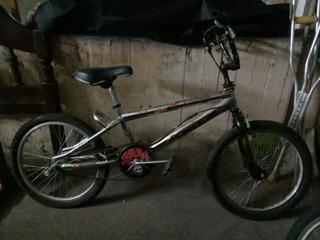 Vendo Bici Estilo Bmx Impecable
