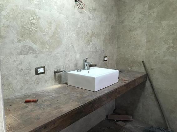 Casa En Venta En Fracc. Los Laureles Residencial Durango
